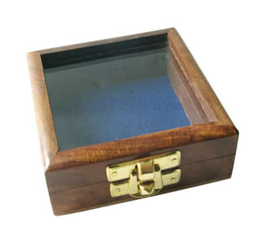 Holzbox mit Glas im Deckel von Sea Club