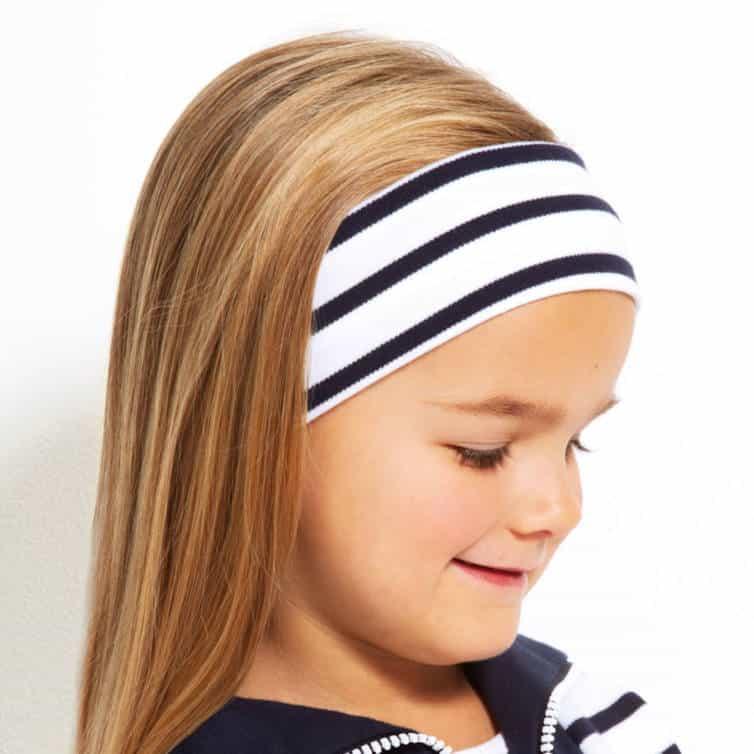 Modas bretonisches Stirnband weiß blau mit Model