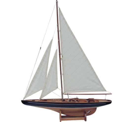 Sea Club Holz Segelyacht mittelgroß